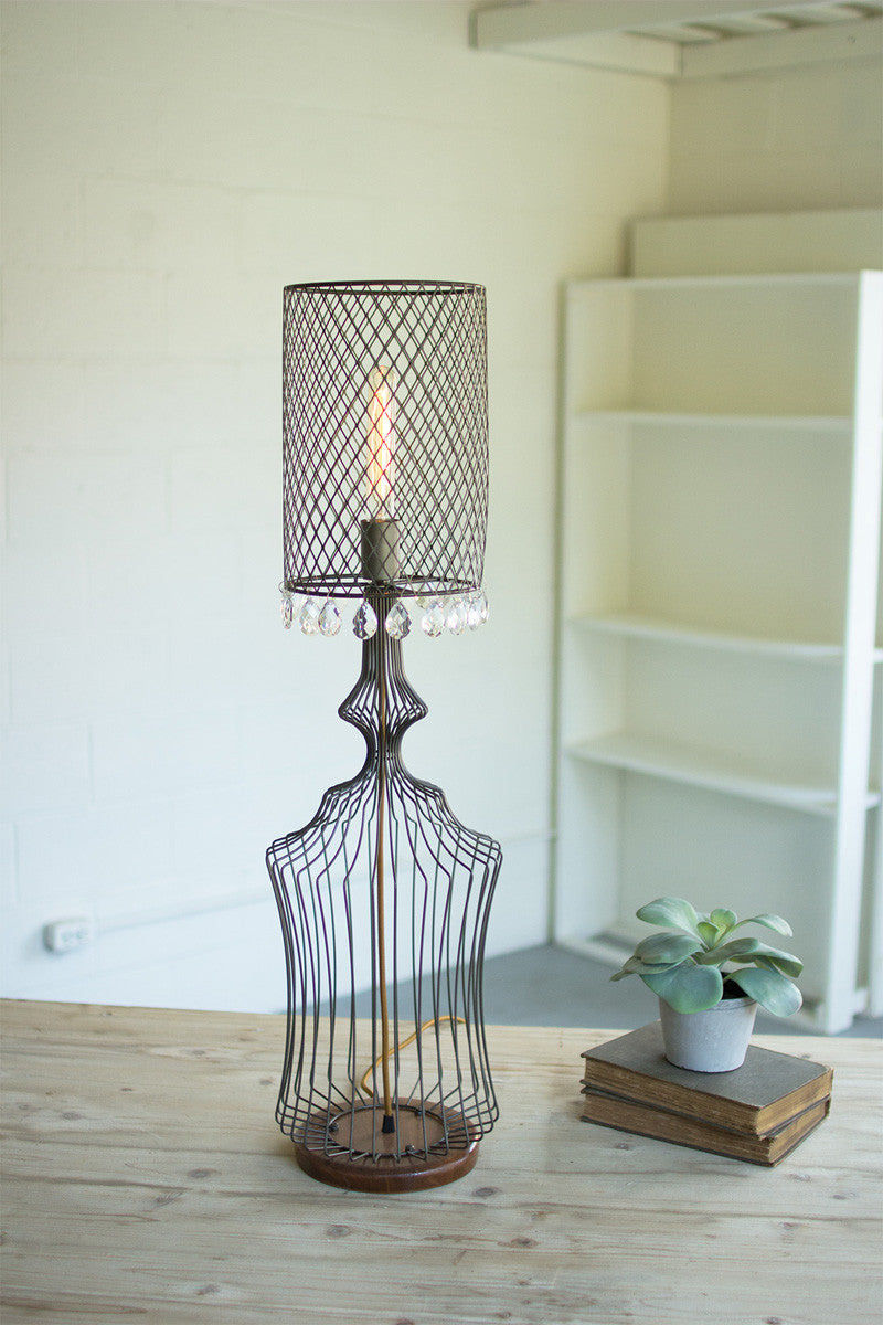 SMALL WIRE TABLE LAMP W/METAL MESH SHADE & HANGING GEMS