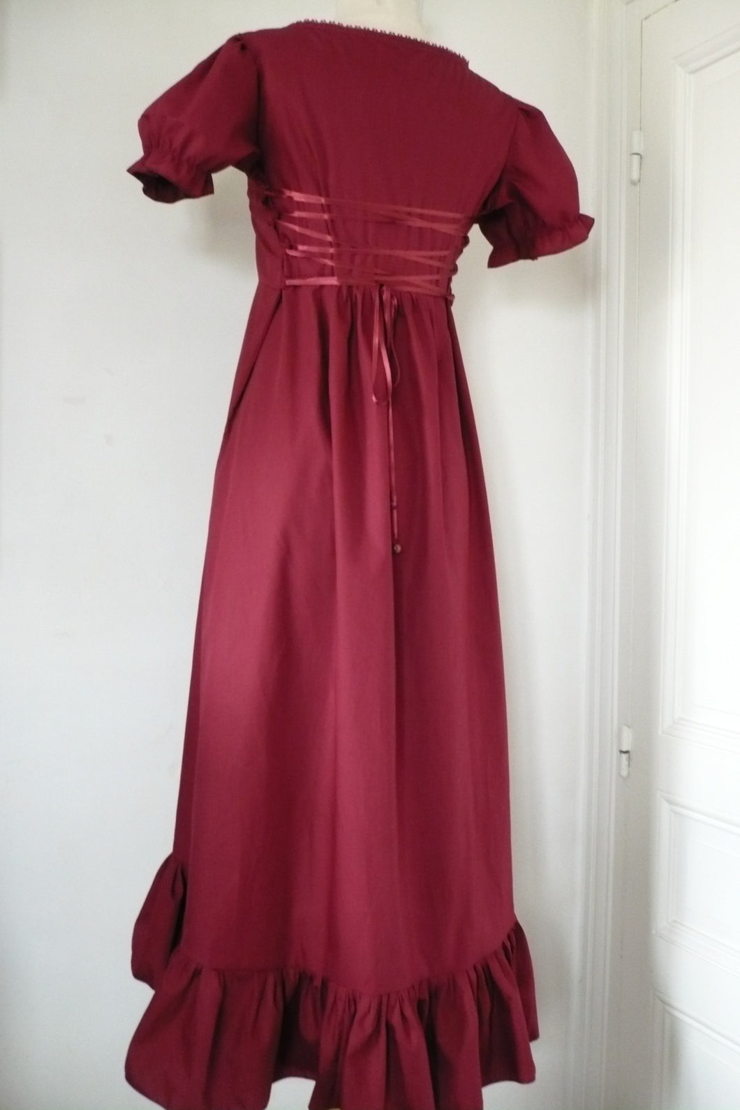 robe Lilith bordeaux