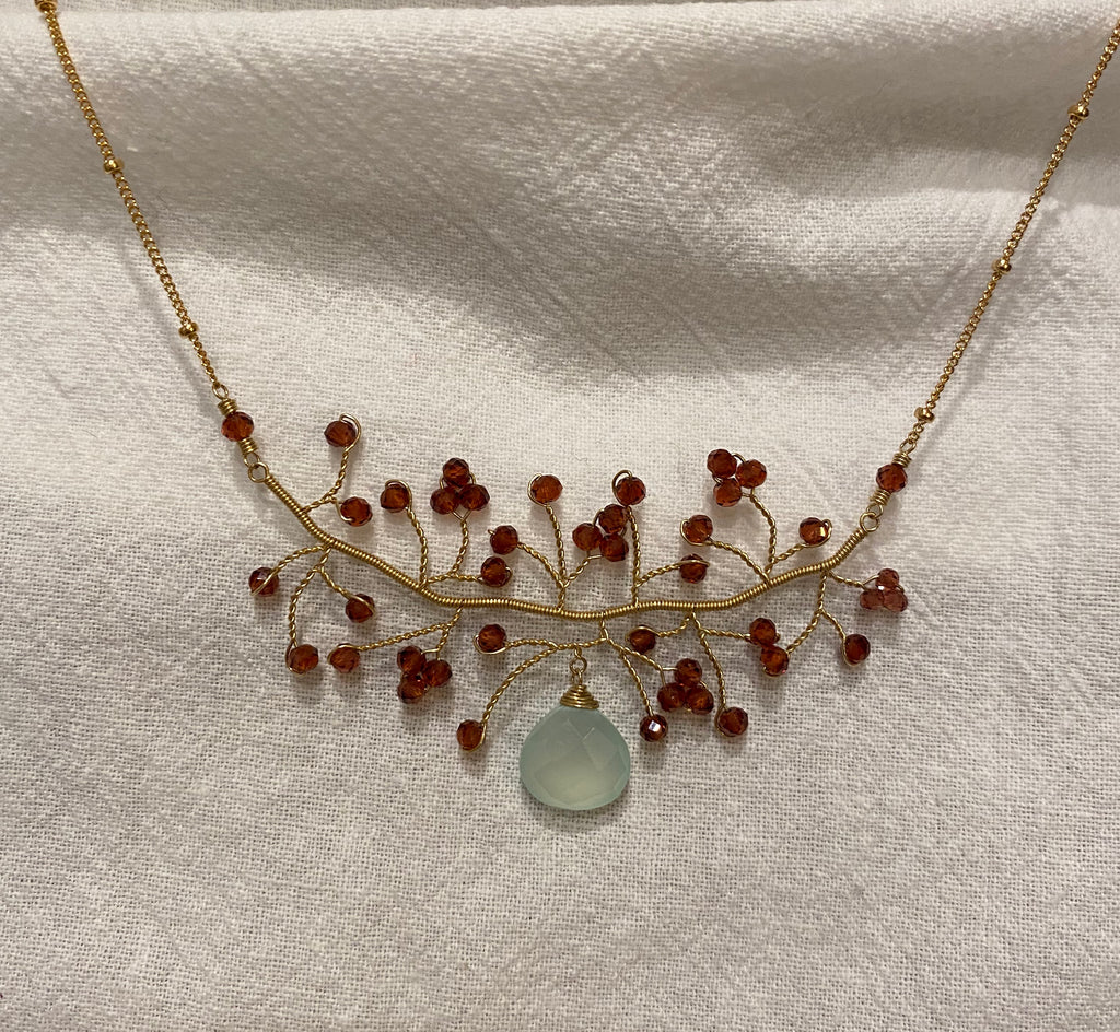 Chuang Yi Gallery - Garnet & Chalcedony Necklace