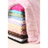 HELLO DOGGIE | Rosebud Blanket | Large