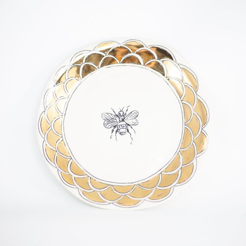 HOPE + MARY Gold Bee Dessert Plate