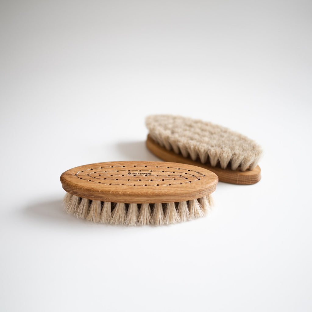 IRIS HANTVERK - OAK BATH BRUSH