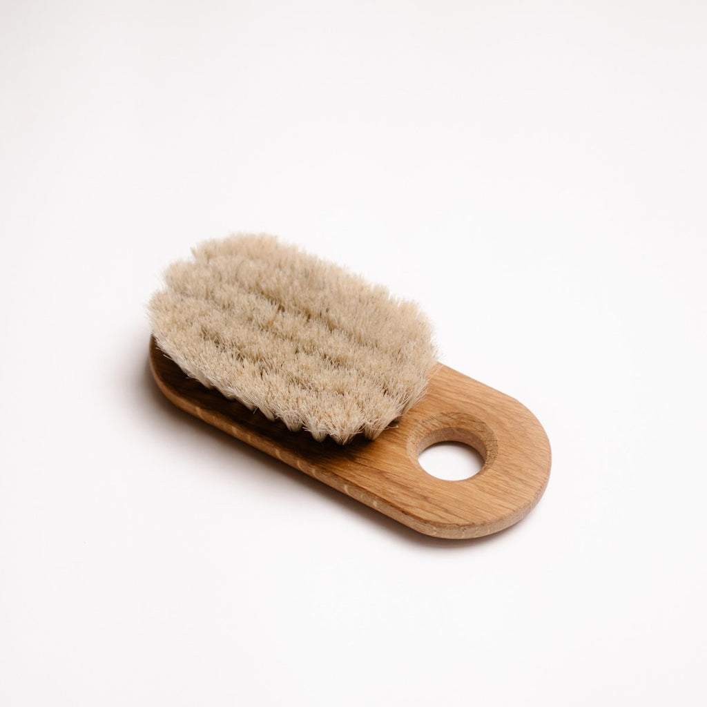 IRIS HANTVERK - LOVISA OAK BATH BRUSH