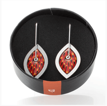 Load image into Gallery viewer, Allegria loop earrings rocklilywombats