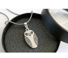 Load image into Gallery viewer, Allegria pendant necklace packaging rocklilywombats