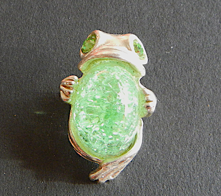 Prince Frog  Pewter Brooch Antique silver  : Peek- a- Boo  Light Green