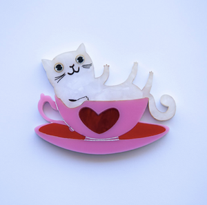 Kitty in a Teacup  by Daisy Jean