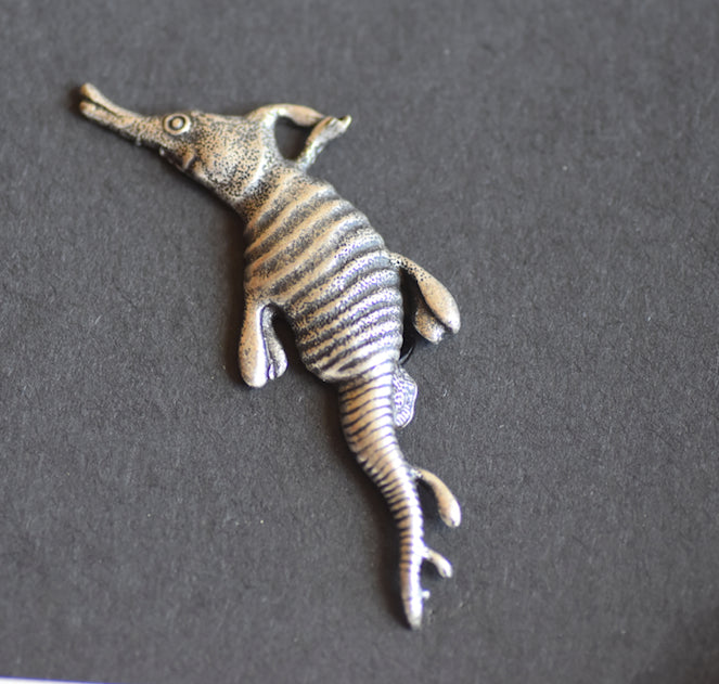 Sea Horse Leafy Pewter Brooch  Antique Silver Plated- peek a boo