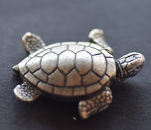 Load image into Gallery viewer, Turtle Green Sea Pewter Brooch large Antique Silver Plated -Peek-a-Boo