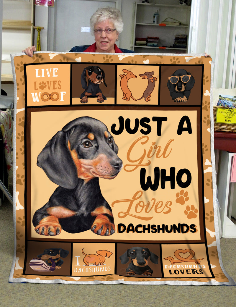 Just A Girl Who Loves Dachshund Blanket