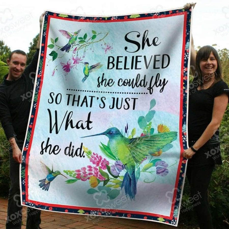 She believed she could fly Humming Blanket
