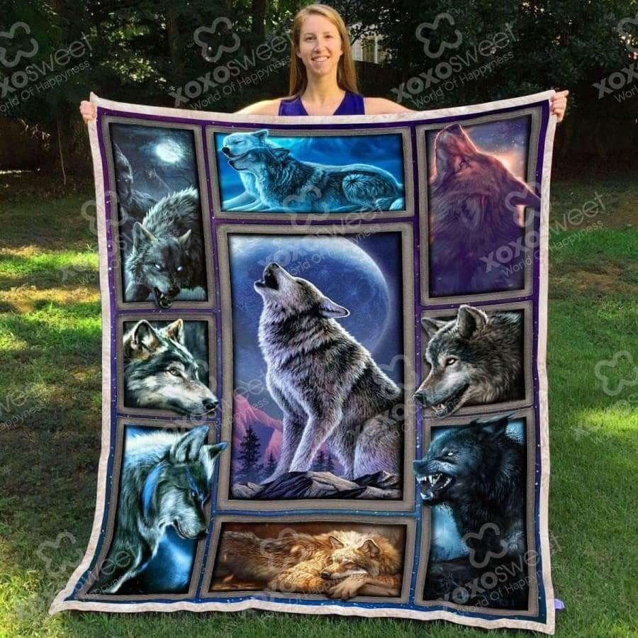 Wolf Color Blanket