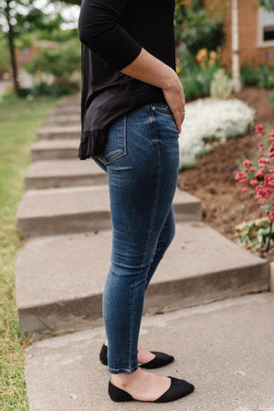 Classic Judy Blue Jeans In Medium Wash