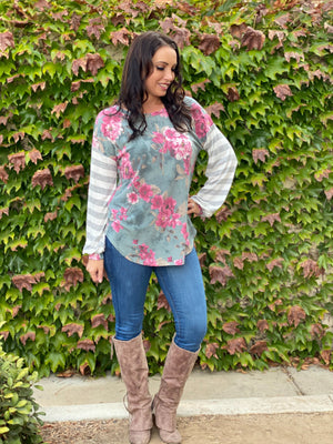 Essence of Nature Long Sleeve Top