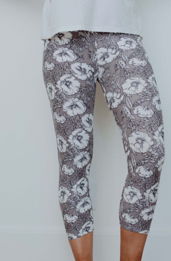 #C154 Gray Floral Leggings