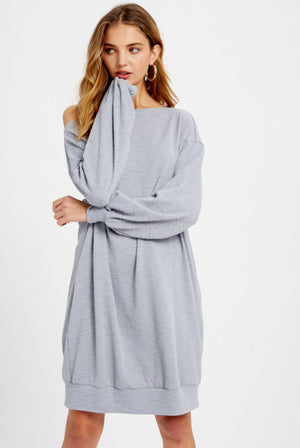 #805 Annie's sweatshirt dress (light blue)