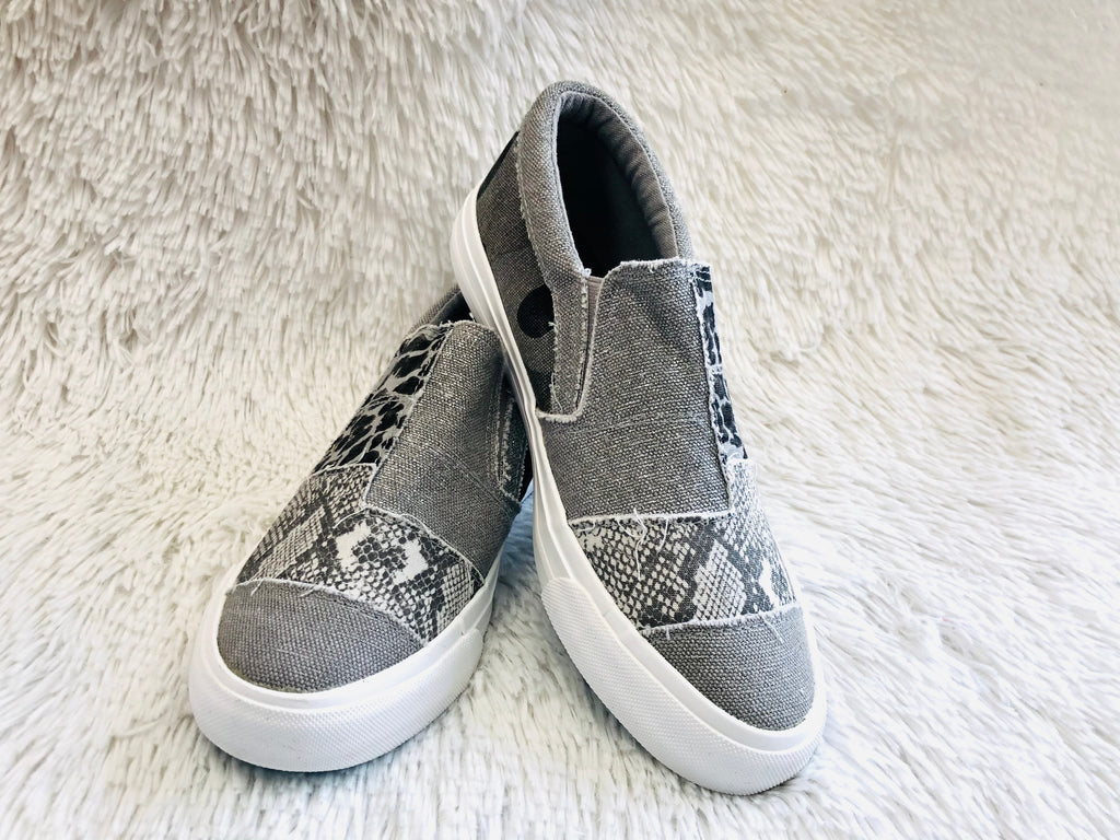 #J509 Grey Origins Blowfish Shoes