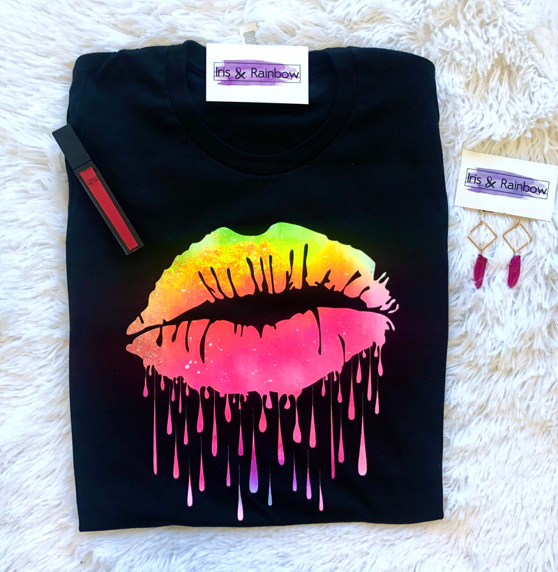 #B94 Irresistible Lips Tee