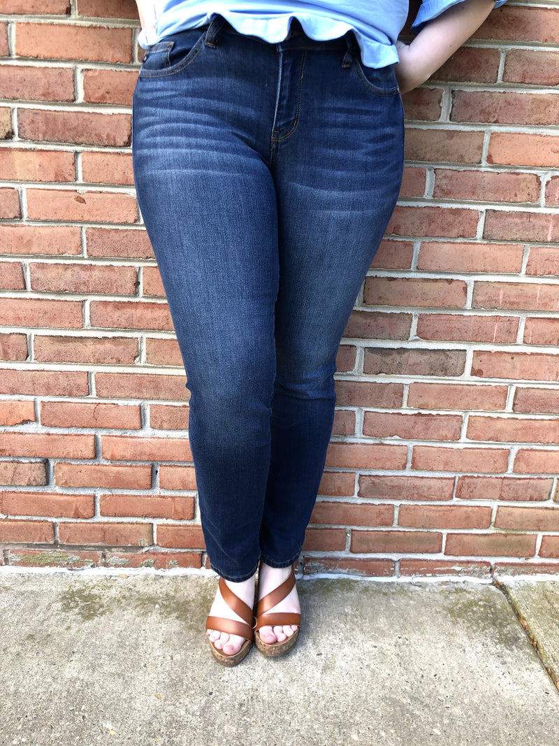 #521 Your Everyday Dark Wash Judy Blue Skinny Jeans