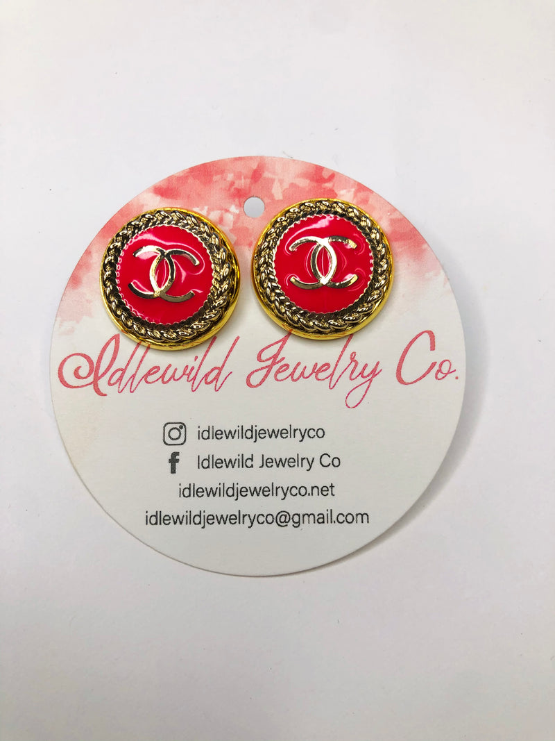 #J107 Meredy Vintage CC Post Earrings