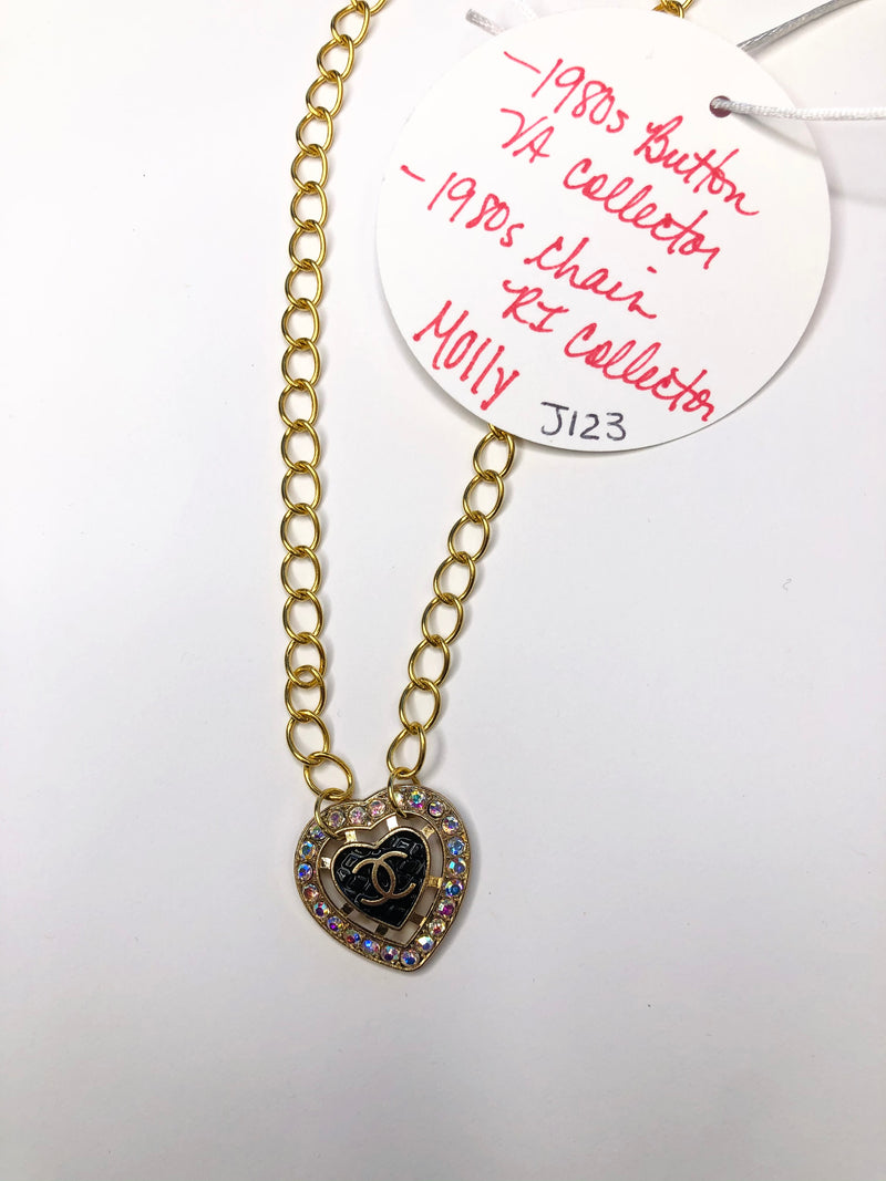 #J123 Molly Vintage Simple Button Necklace