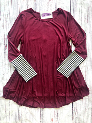 #853 Button back tunic (Burgundy)