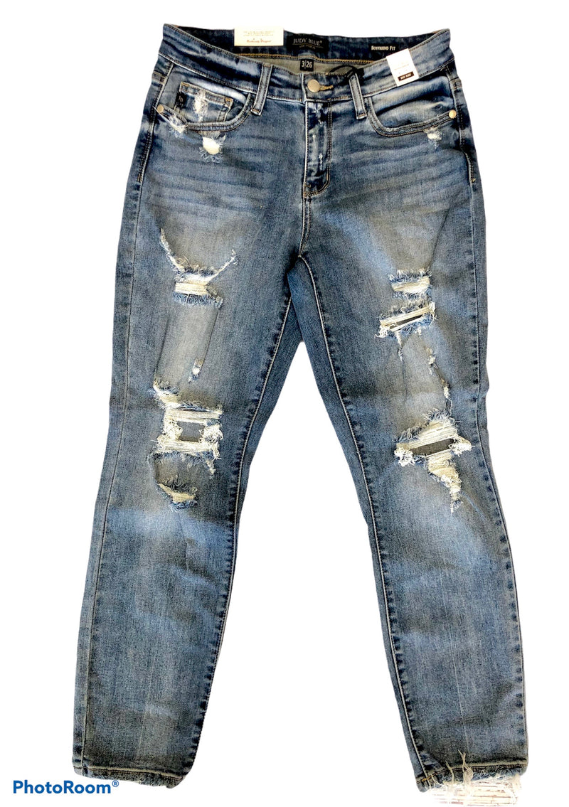 #J150 Queen Of Lockdown Distressed Judy Blue Girlfriend Jeans