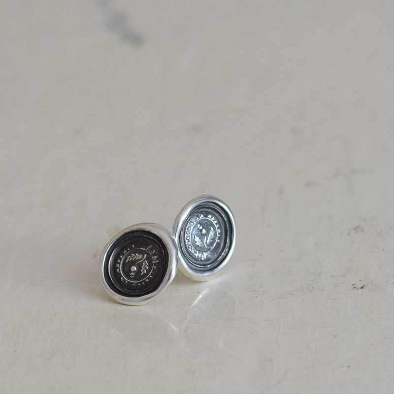 Sweetness after difficulties - Thistle Cufflinks