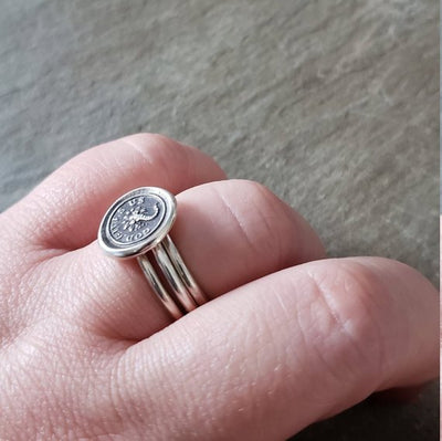 Secrets Beehive Wax Seal Ring