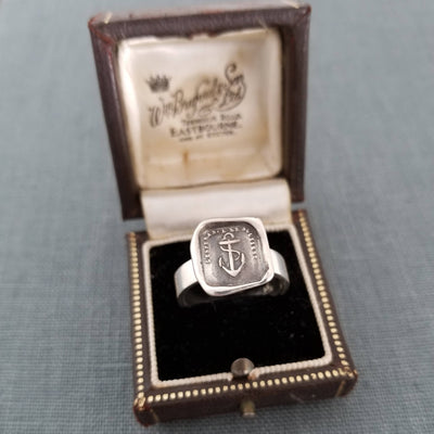 Anchor Wax Seal Ring - Hope Sustains Me