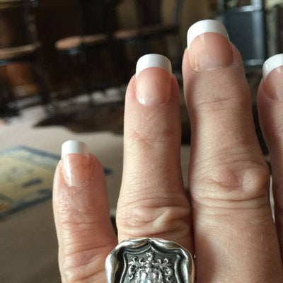 Wolf Crest Wax Seal Ring in Latin Dum Spiro Spero - While I Breathe I Hope