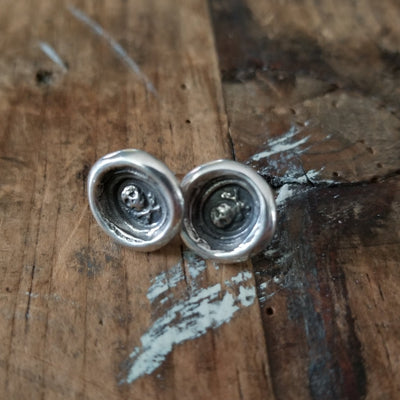 Skull and Crossbones  Memento Mori Earrings