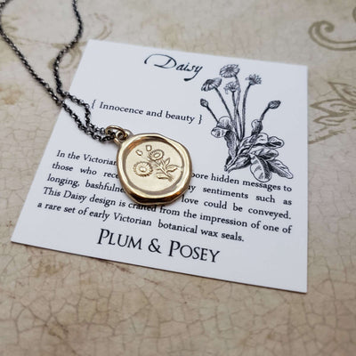 Daisy Pendant - Innocence and Beauty in Gold Vermeil