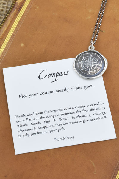 Compass pendant in Bronze