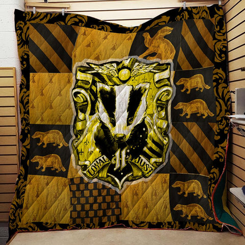 The Hufflepuff Badger Harry Potter 3D Quilt Blanket