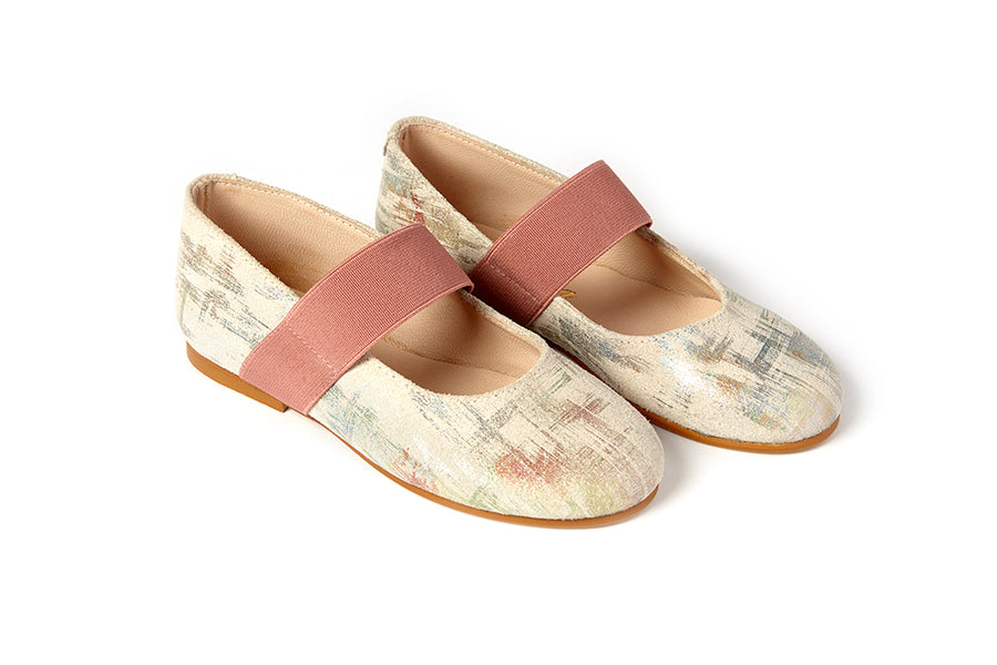Crazy Latte Leather Flats by Sonatina