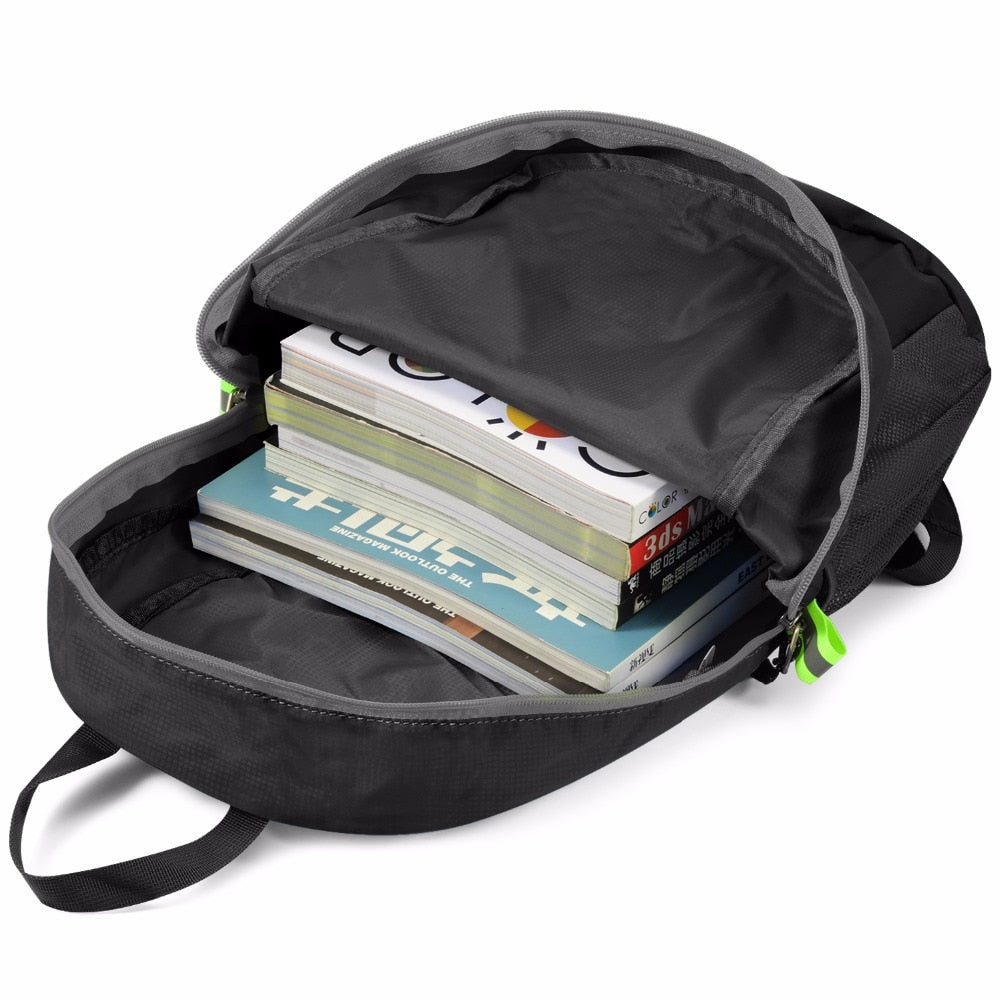 Packable Backpack 20L Gonex - zipped main compartment