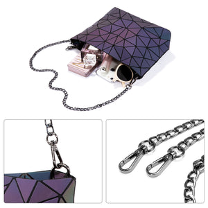 Geometric Luminous Chain Purse