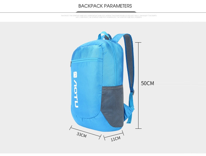 AOTU 20L Packable daypack size