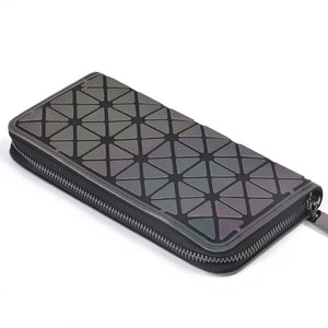 Triangle pattern on a Luminous wallet from Geometric Luminous Bags