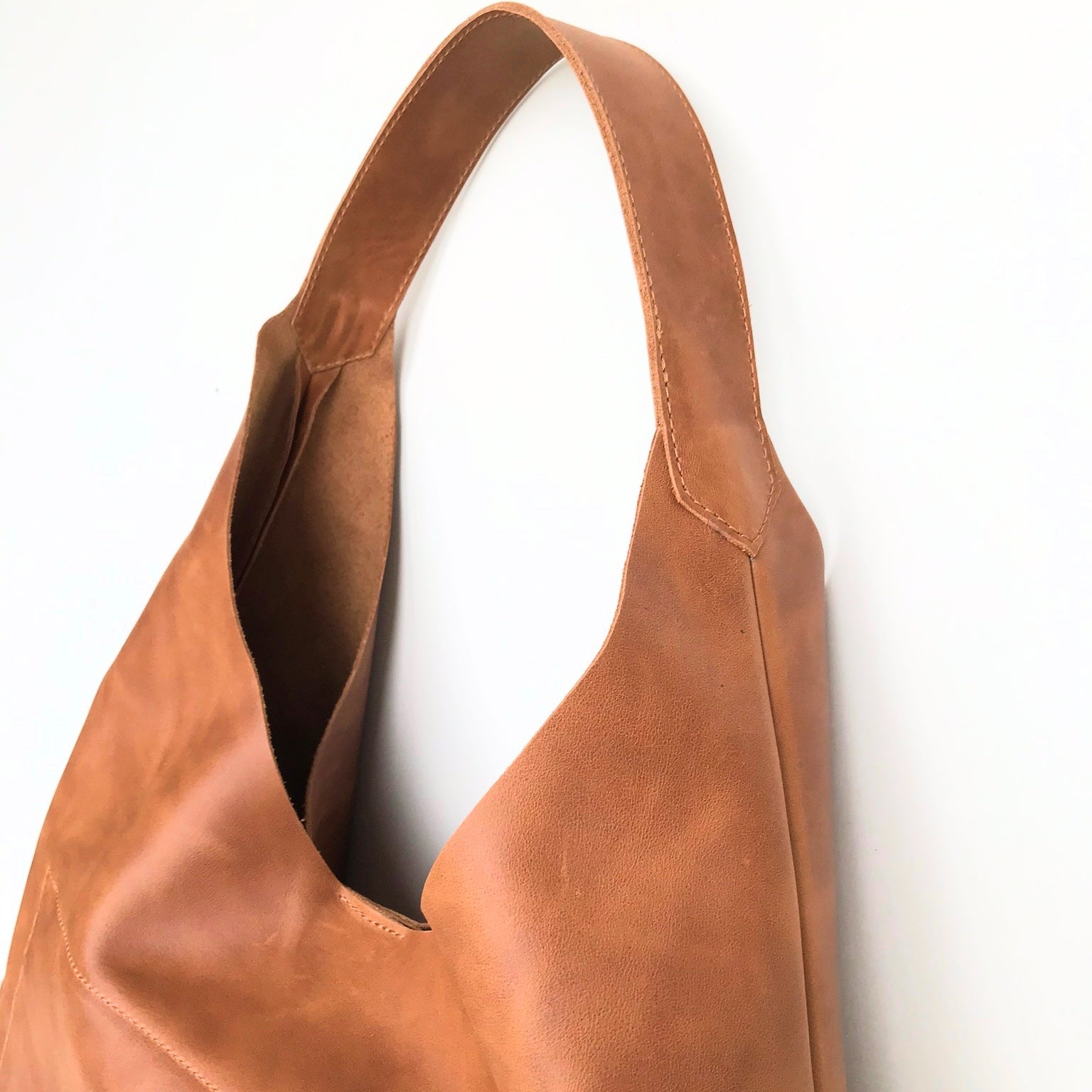 "CHANTA Leder Hobo Bag ""BelAir"""