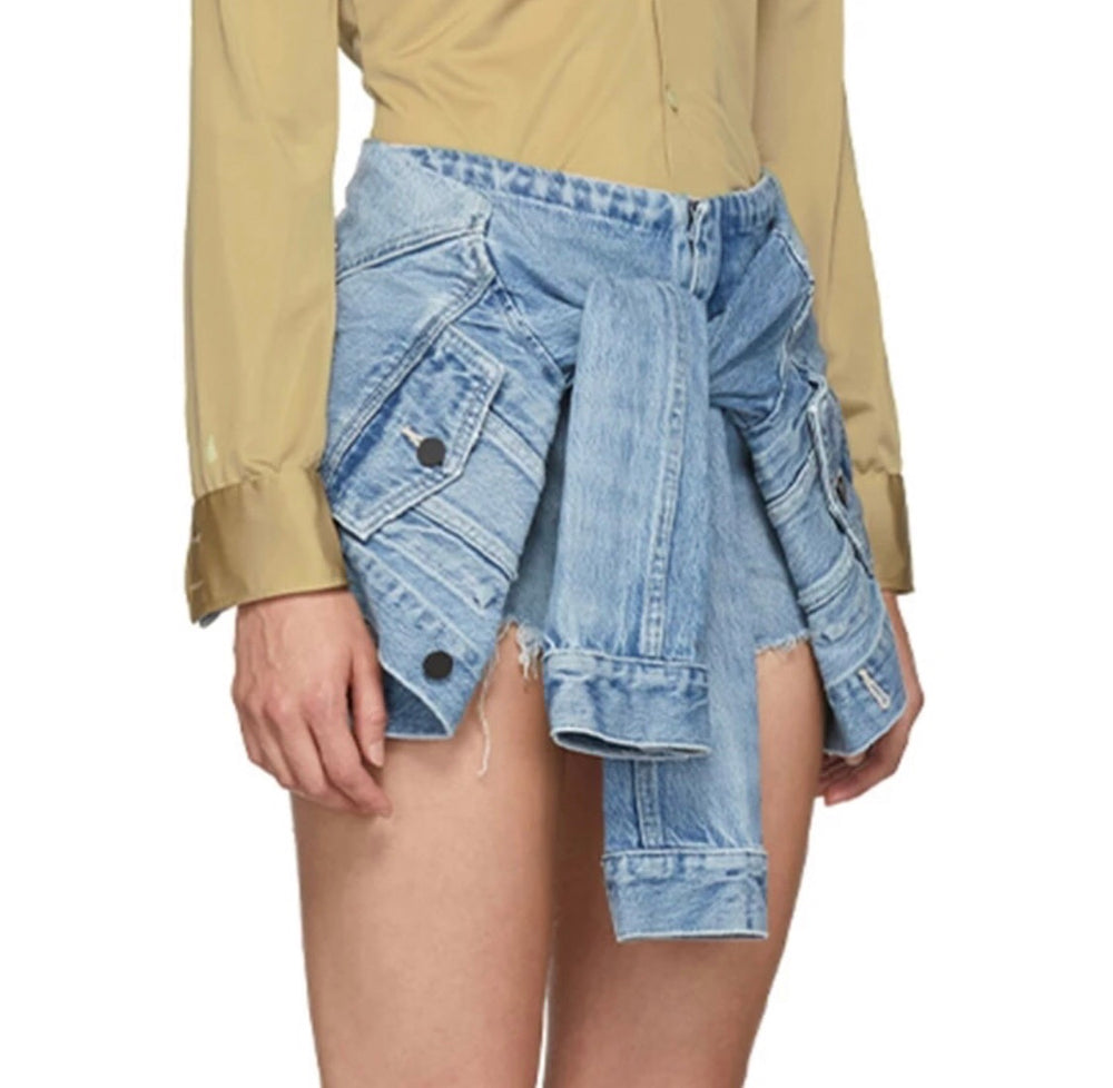 Grunge denim short