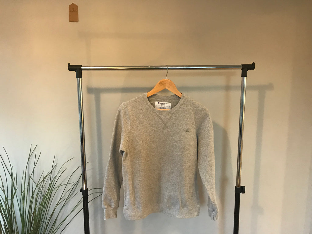 Champion Sweatshirt - Grey - Medium