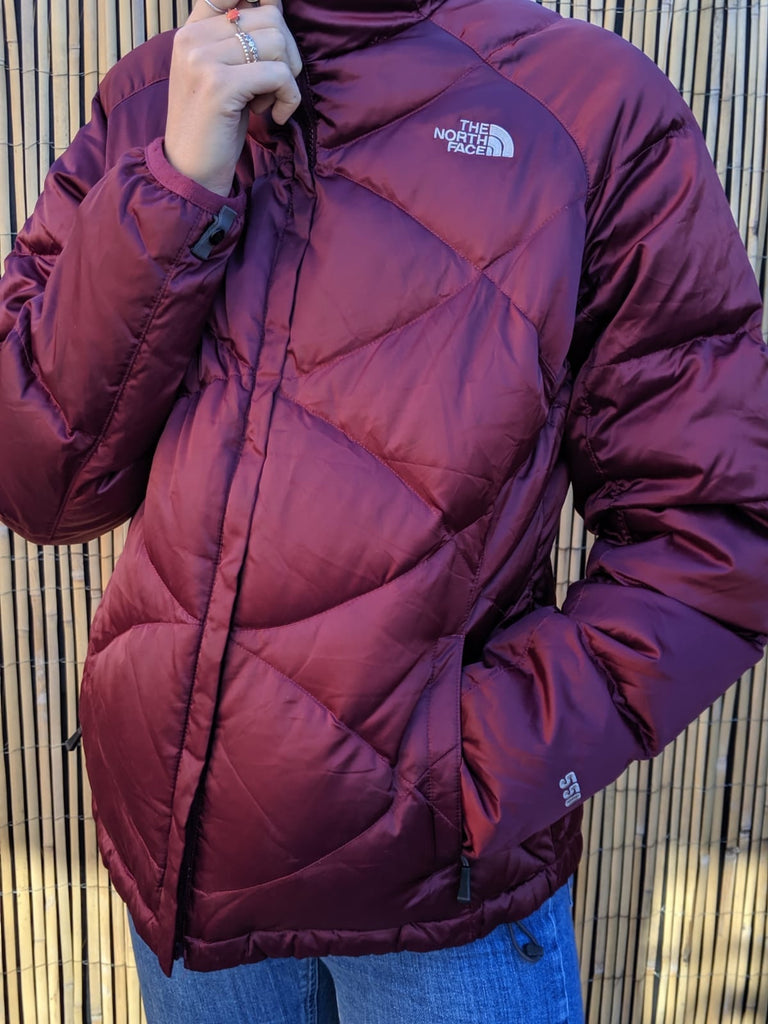 The North Face 550 Puffer Coat - purple / Burgundy - Large - Vintage Society