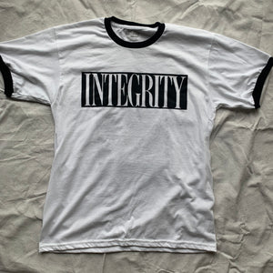 "Integrity ""ghost"" white ringer shirt /8"
