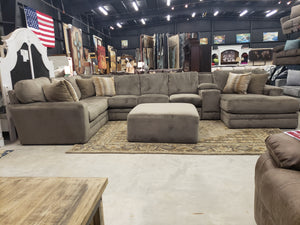 5488 FI-CnJ Sectional