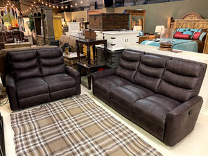 3752 FI CNJ Sofa and Loveseat