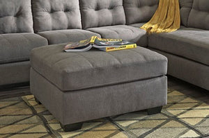 563fiA Sectional w/ Chaise