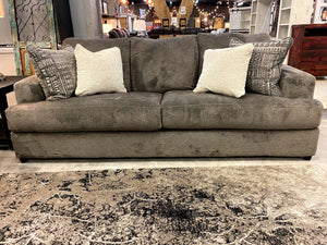 062 FI-A Sofa and Loveseat