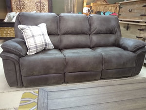910 FI-A Reclining Sofa and Loveseat